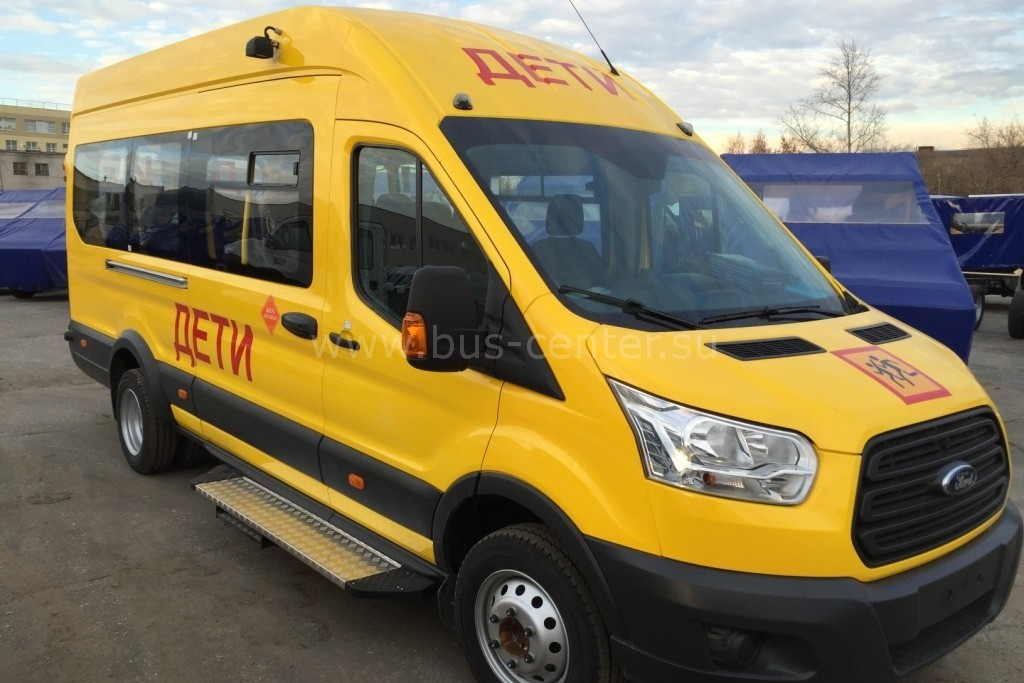 Автобус школьный Форд Транзит